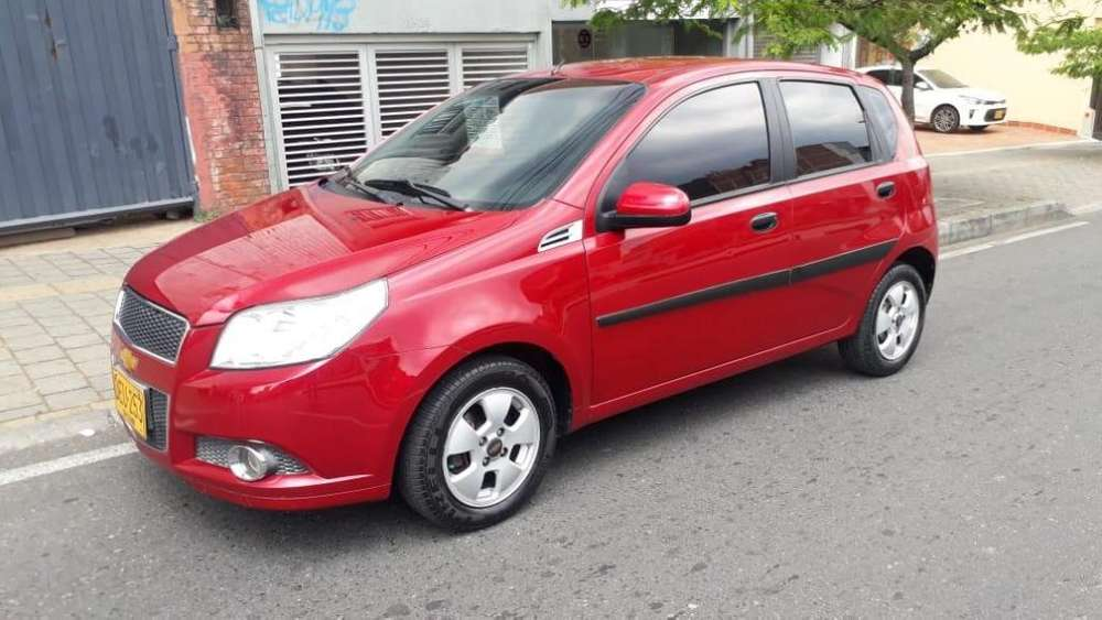 Chevrolet Aveo Emotion 2011 - 96000 km