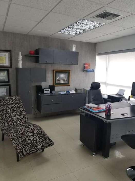 Venta O17 <strong>oficina</strong> Full amoblada en Ciudad Colón - 46.71 Mts. - Parque Empresarial Colón - Norte Guayaquil
