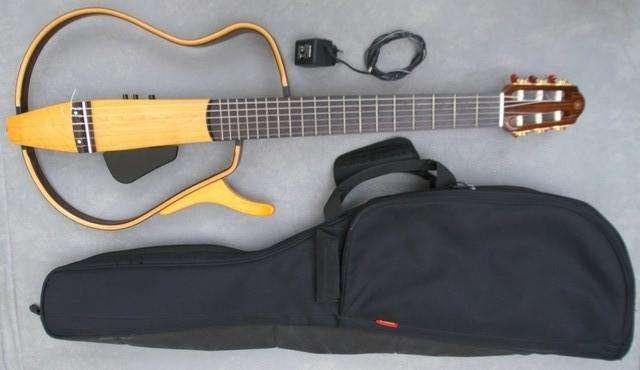 Vendo Guitarra Yamaha Silent SLG 130nw