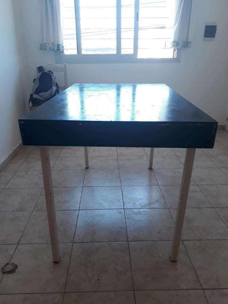 Vendo Mesa Comedor - Córdoba