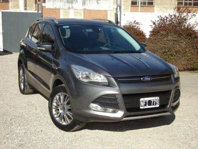 Ford Kuga 2013 - 71000 km