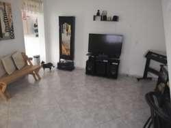 Apartamento con aparta estudio en venta Floresta Pradera