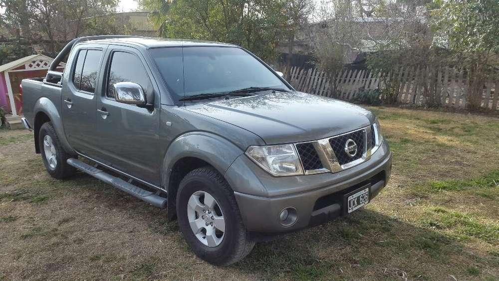 Nissan Frontier 2010 - 230000 km