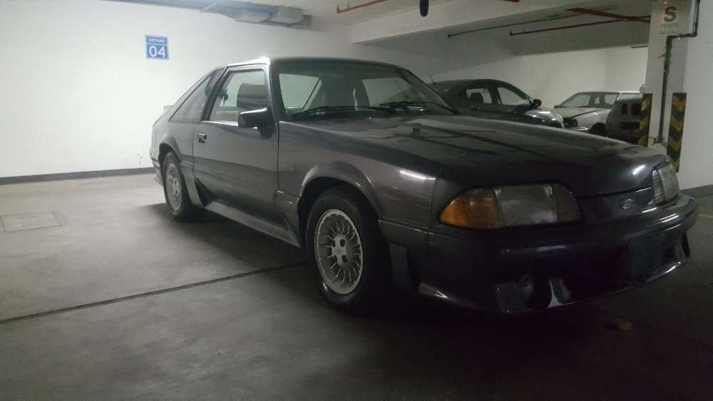 Ford Mustang GT 1988 - 35250 km