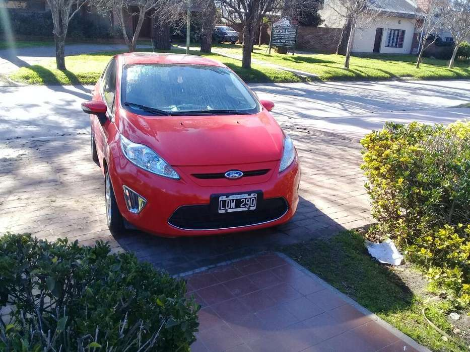 Ford Fiesta Kinetic 2012 - 80000 km
