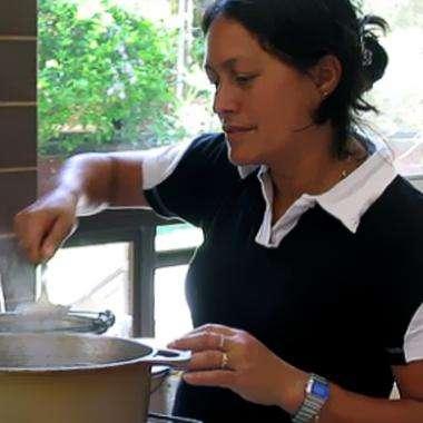 Empresa quindiana ofrece servicios de limpieza para casas , oficinas y chalets