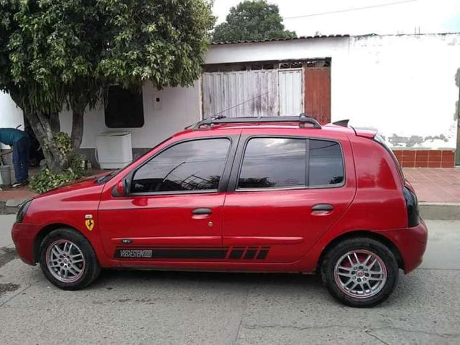 <strong>renault</strong> Clio  2004 - 146332 km