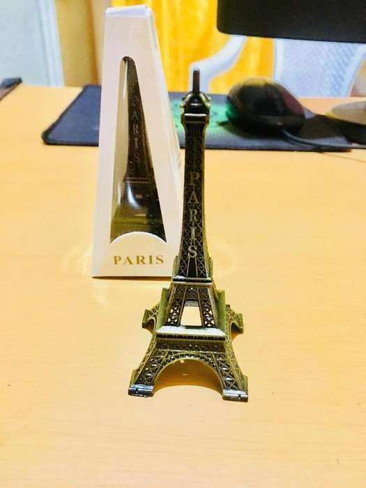Torre Eiffel 10cm Adorno Coleccionable Metálico