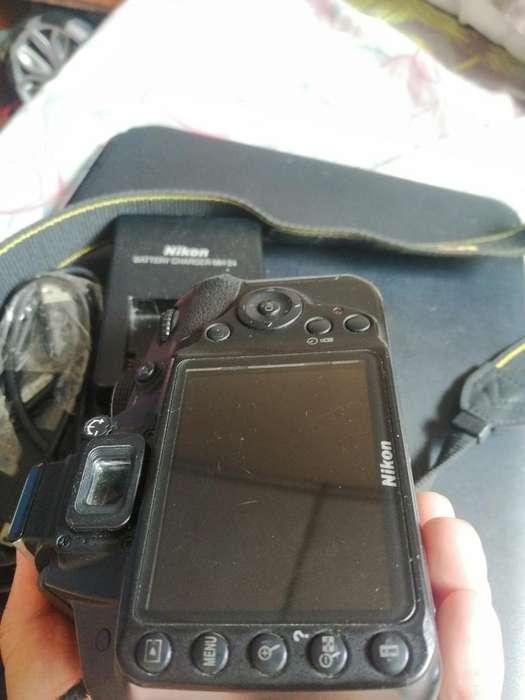 Nikon D3200 320 Negociable