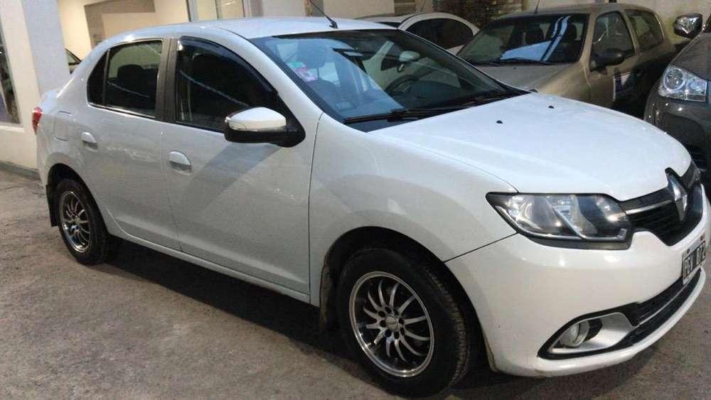 Renault Logan 2015 - 68000 km