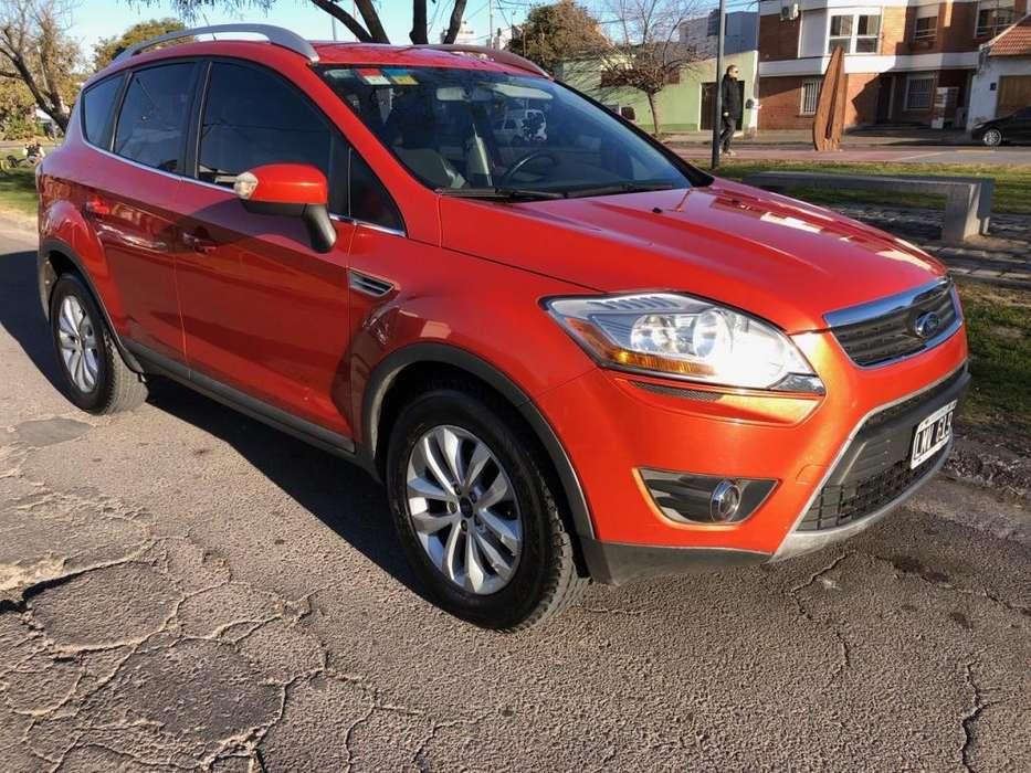 Ford Kuga 2012 - 139000 km