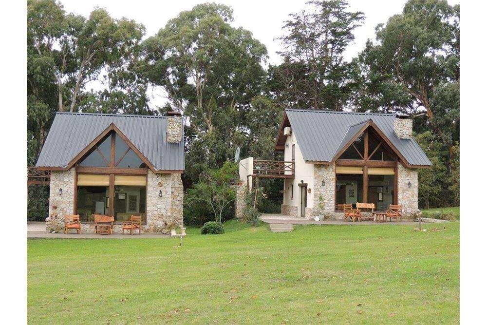 Venta complejo de 2 casas