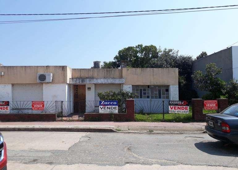 En Venta Casa en Coronda - Juan de Garay Nº 1580