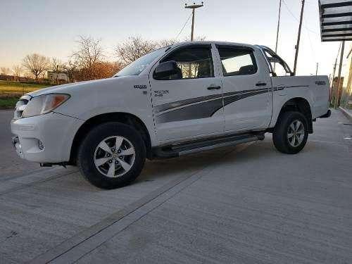 Toyota Hilux 2005 - 232000 km
