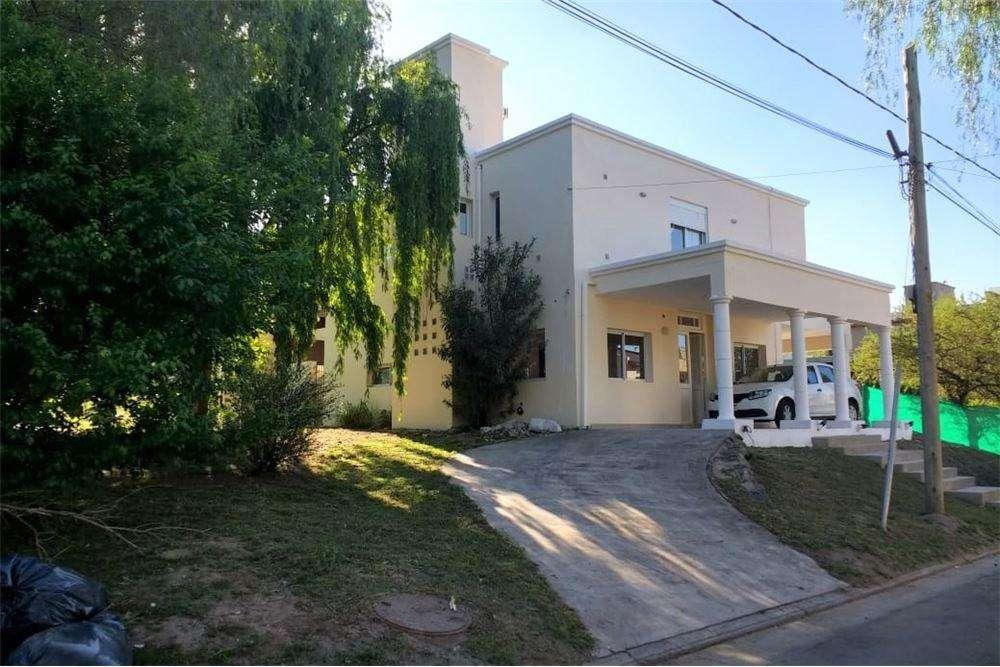 Se vende casa de 3 dormitorios, La Estanzuela