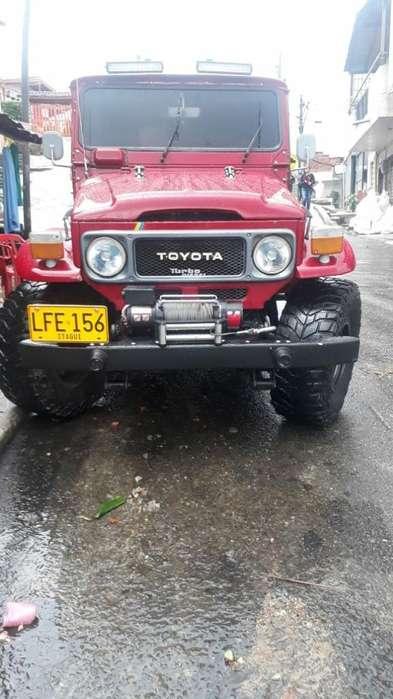 Toyota FJ 1977 - 270000 km