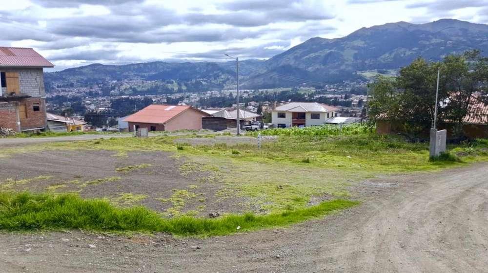 Terreno en Venta, Ideal para construir dos casas, Sector Av. los Cerezos