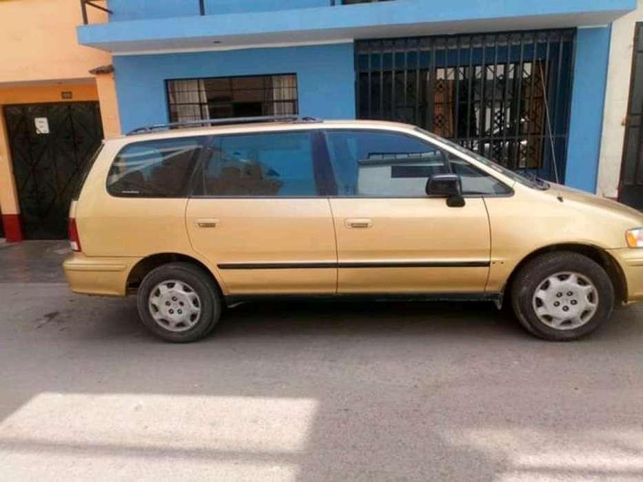 Honda Odyssey 2000 - 250000 km