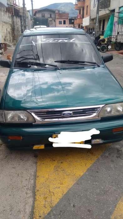 Ford Festiva 2000 - 1071418 km