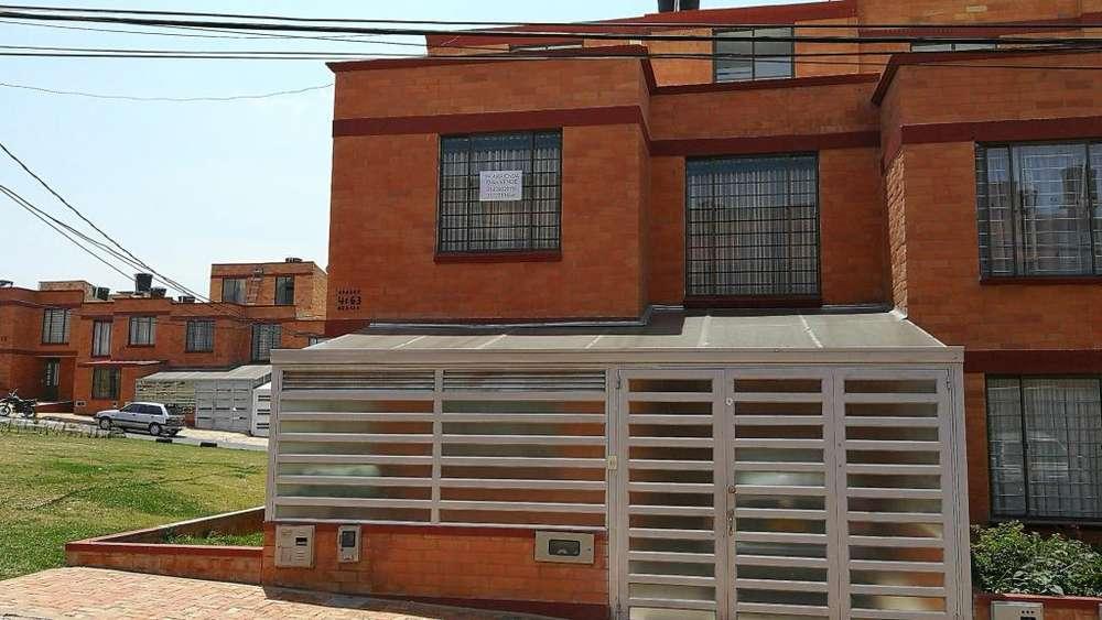 Hermosa casa Altos de Cooservicios