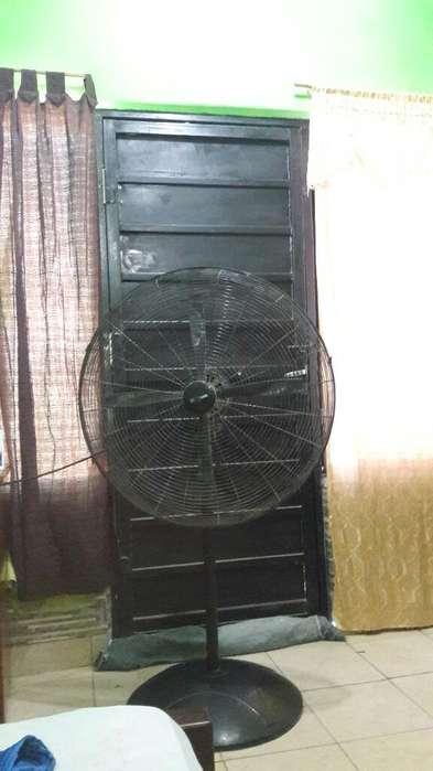 Vendo Ventilador Industrial Marca Lilian