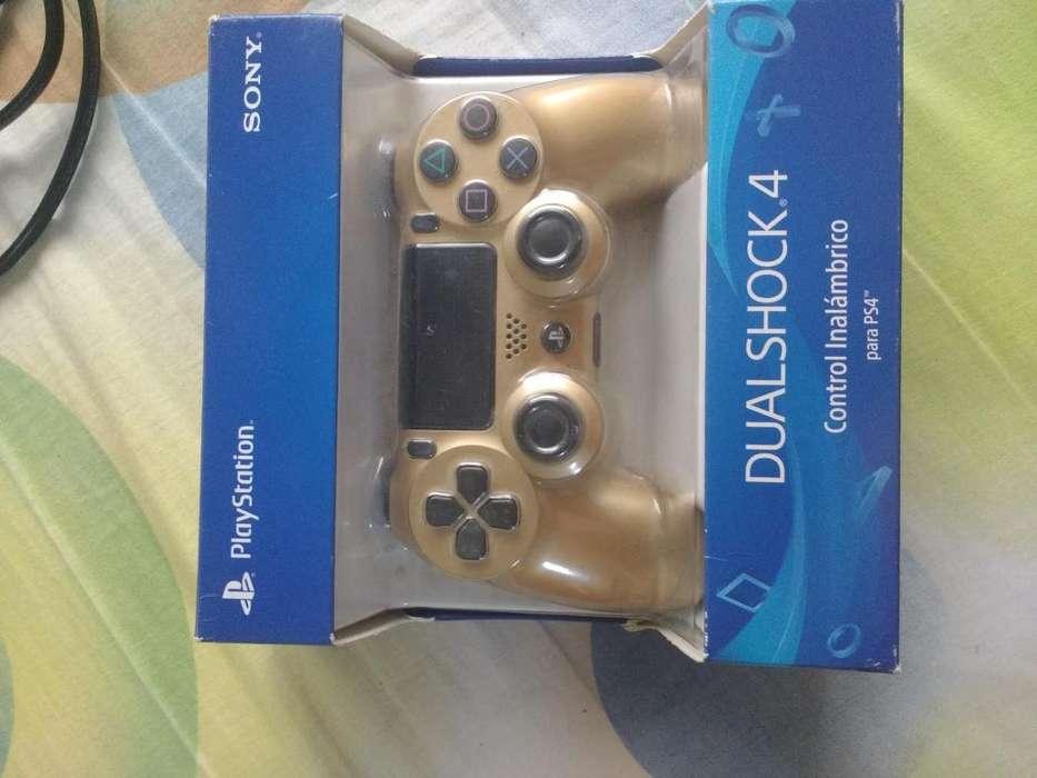 Control PS4 Dual shock 4 dorado como nuevo