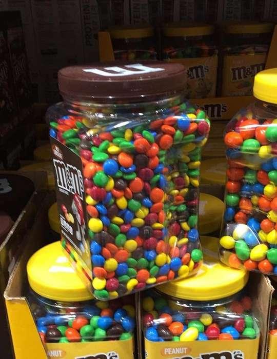 Chocolates M&M 3.8 libras