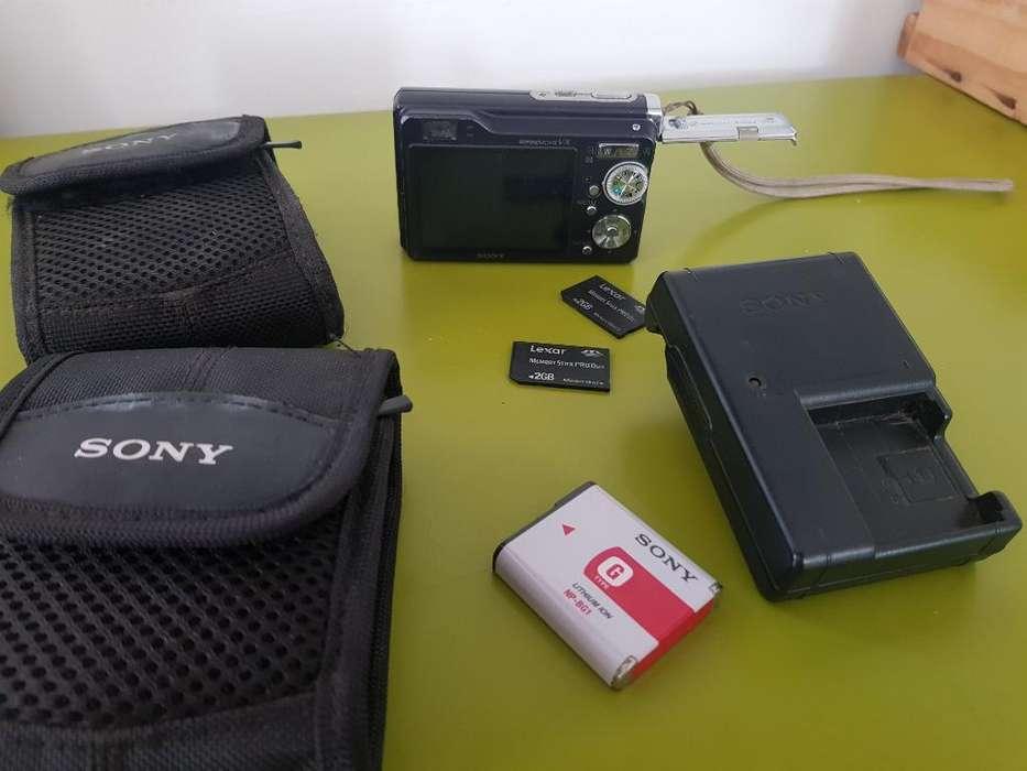 Sony Cámara de Video Y Fotográfica