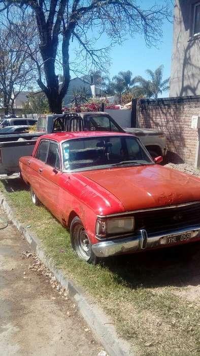 Ford Falcon 1980 - 150000 km