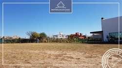 Country Altos Del Chateau Lote / N 5000 - UD 300.000 - Terreno en Venta