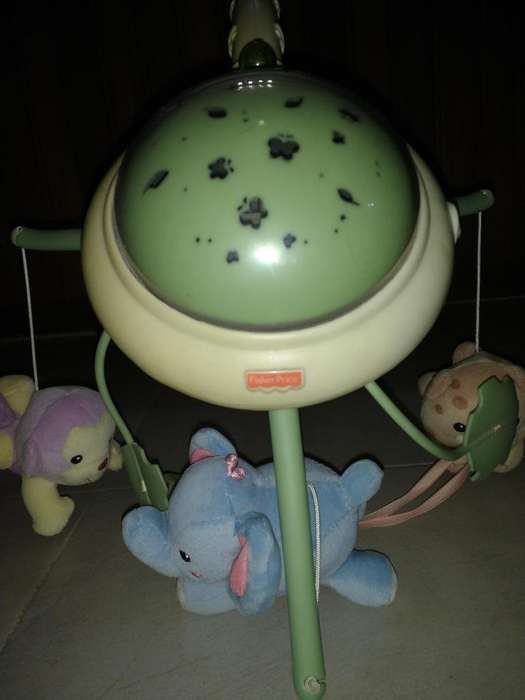 MOVIL PARA CUNA FISHER PRICE CON LUZ Y MUSICA