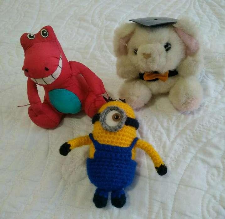 Muñecos Peluches Minion