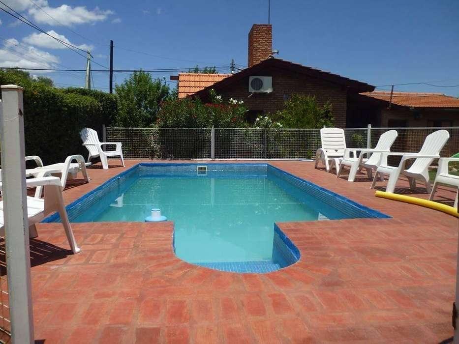 jh45 - Cabaña para 2 a 5 personas con pileta y cochera en Villa De Merlo
