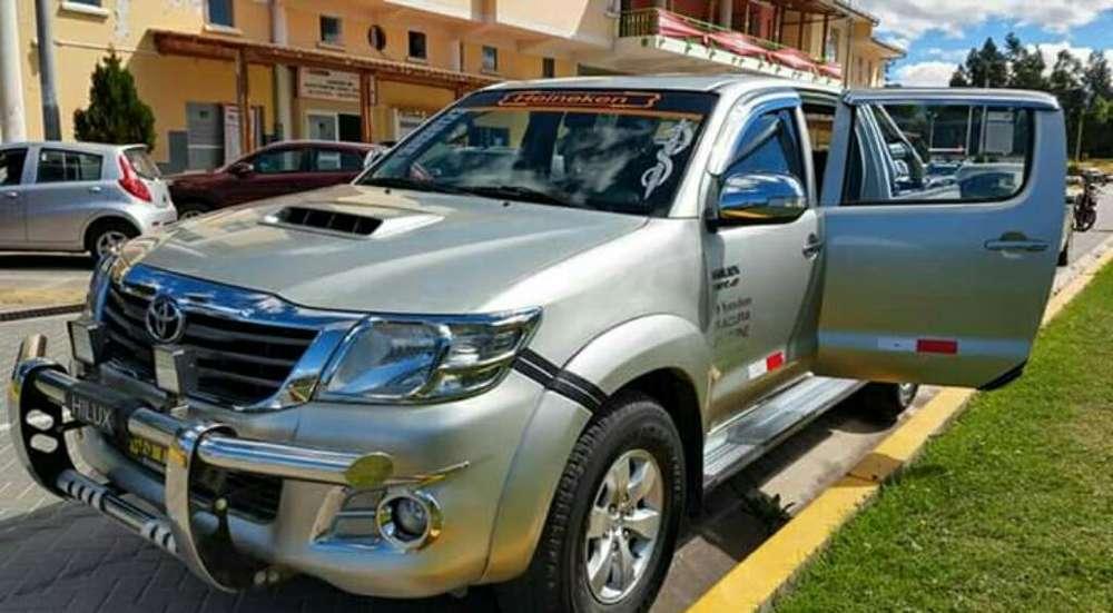 Toyota Hilux 2014 - 128000 km