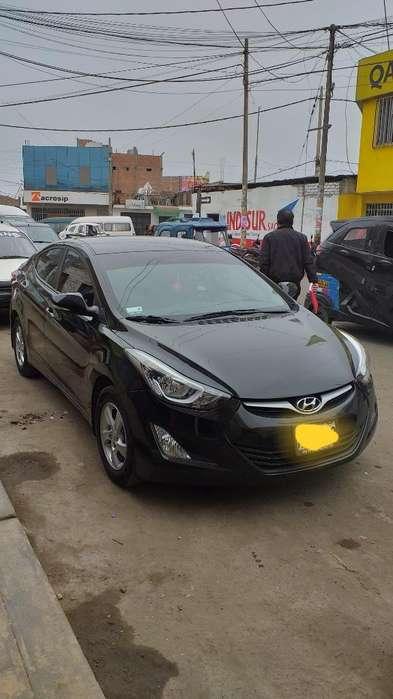 Hyundai Elantra 2015 - 68430 km