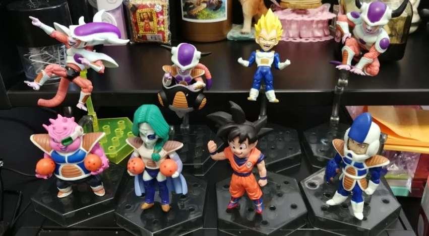 Coleccion de figuras de la saga Freezer de Dragon ball