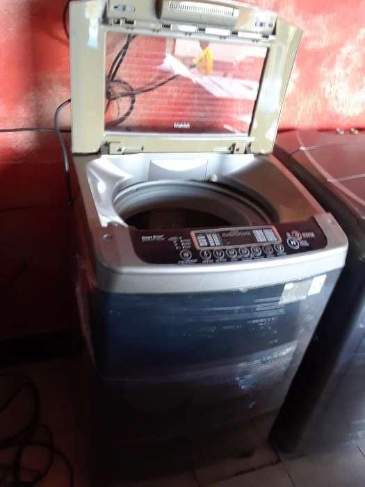 Se Vende Lavadora Lg Turbo Drum 26 Libra