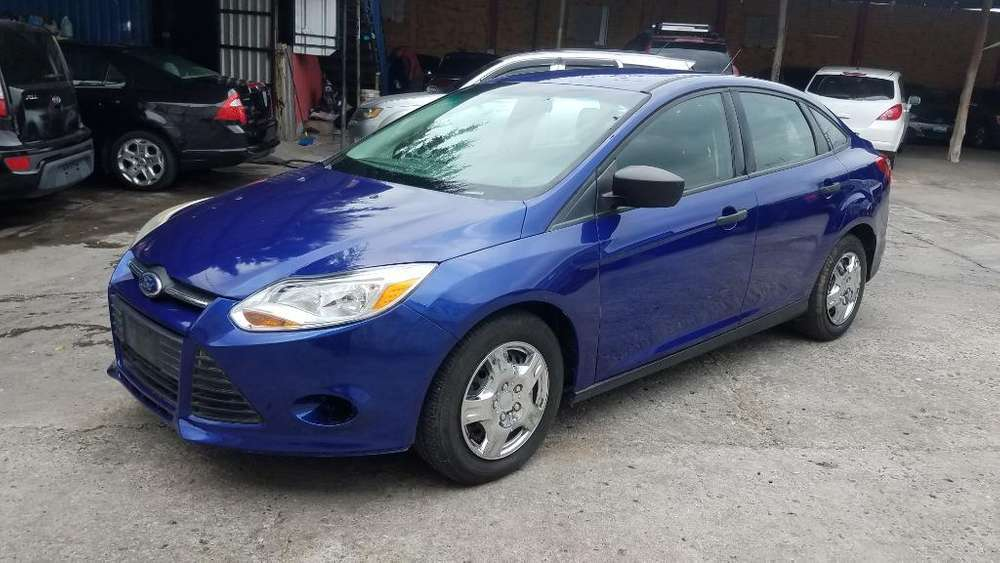 Ford Focus 2013 - 100 km