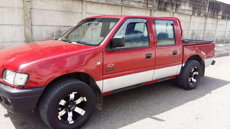 Chevrolet Luv 2004 - 300000 km