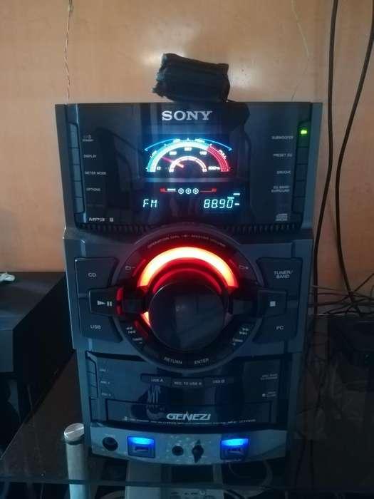 Equipo de Sonido, Cambio por Playstation