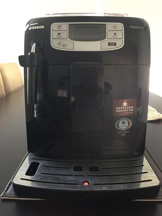 <strong>cafetera</strong> Super automática Saeco Intelia HD8751/11