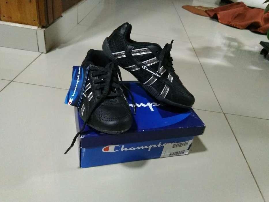 Zapatos para Niño Champions Nuevos