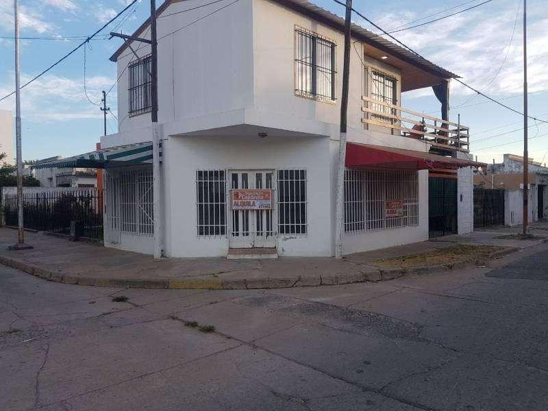 Alquilo local comercial con baño en Villa Constitución