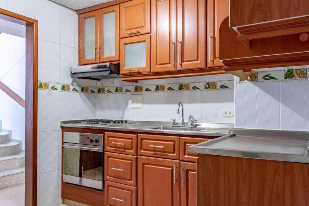 VENDO <strong>apartamento</strong> DUPLEX EN LA AURORA
