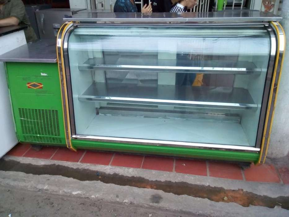 Vendo Tanque <strong>vitrina</strong> 4 Bandejas Refriger