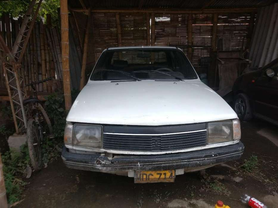 Renault R18 1984 - 140 km
