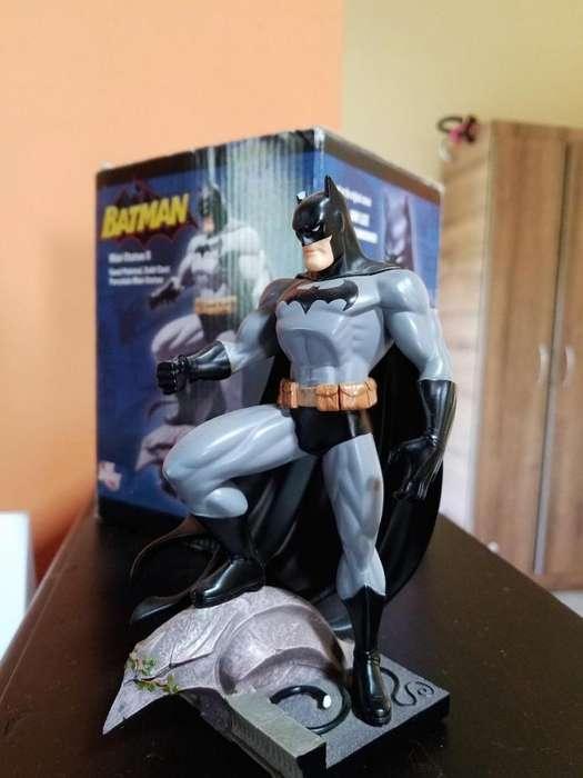 Minifigura busto de Batman en cuerpo entero se permuta por tablet Samsung o Ipad