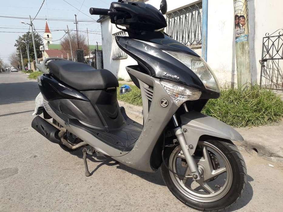 Vendo Moto Styler 150 Buen Estado