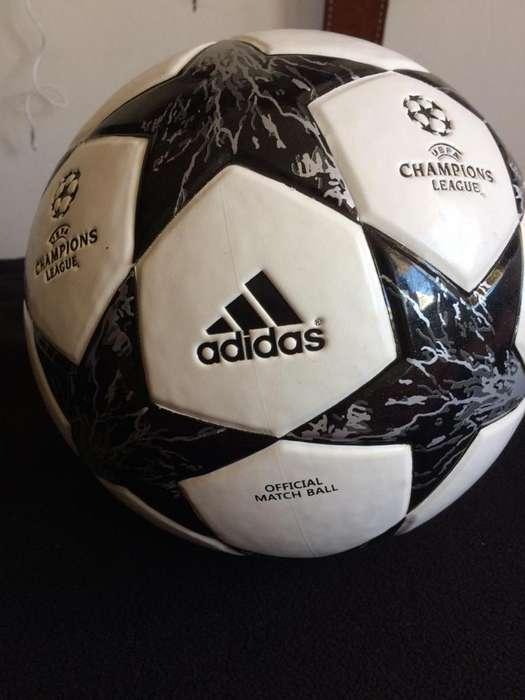 Balón Original <strong>adidas</strong>