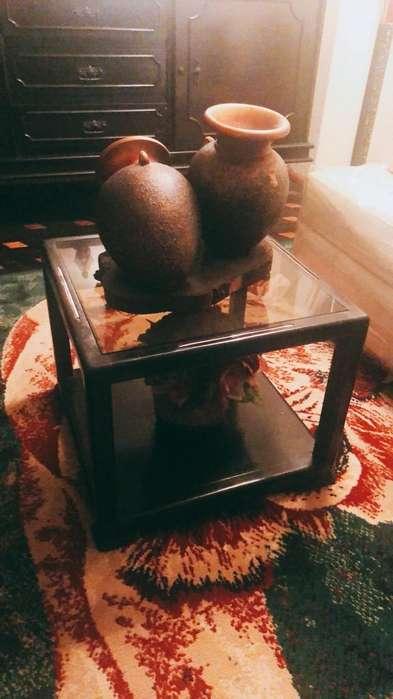 Mesa Pequena con Vidrio